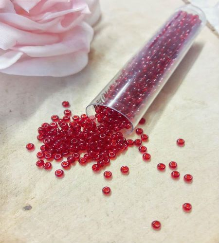 <!003->Red trans size 10 seed beads 10g