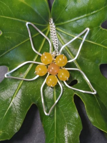 wirework pendant flower 3