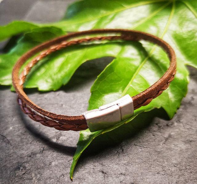 leather bracelet 4.jpg
