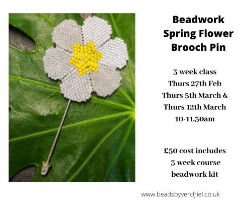 <!009b->Beadwork flower Pin workshop