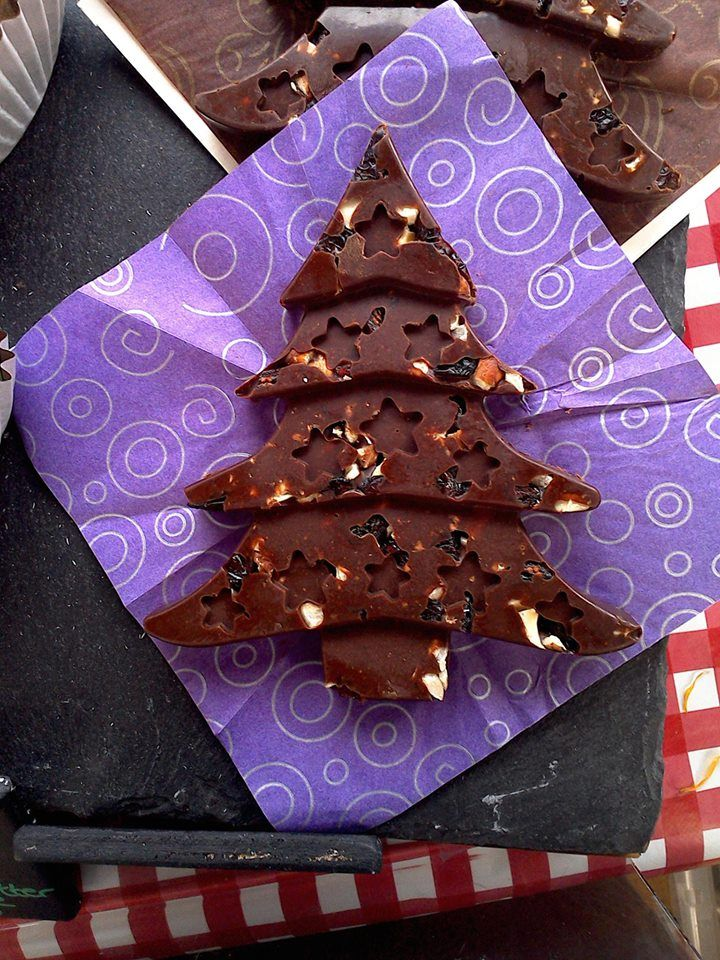 Truffle Christmas Tree with Hazelnuts & Cranberries