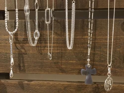 little-boutique-pendants