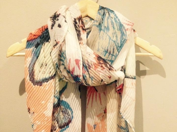 crinkly-buterfly-scarf
