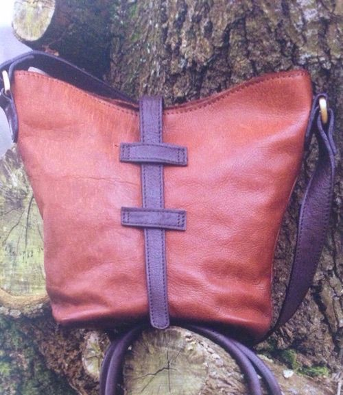 two-tone-leather-tote-bag