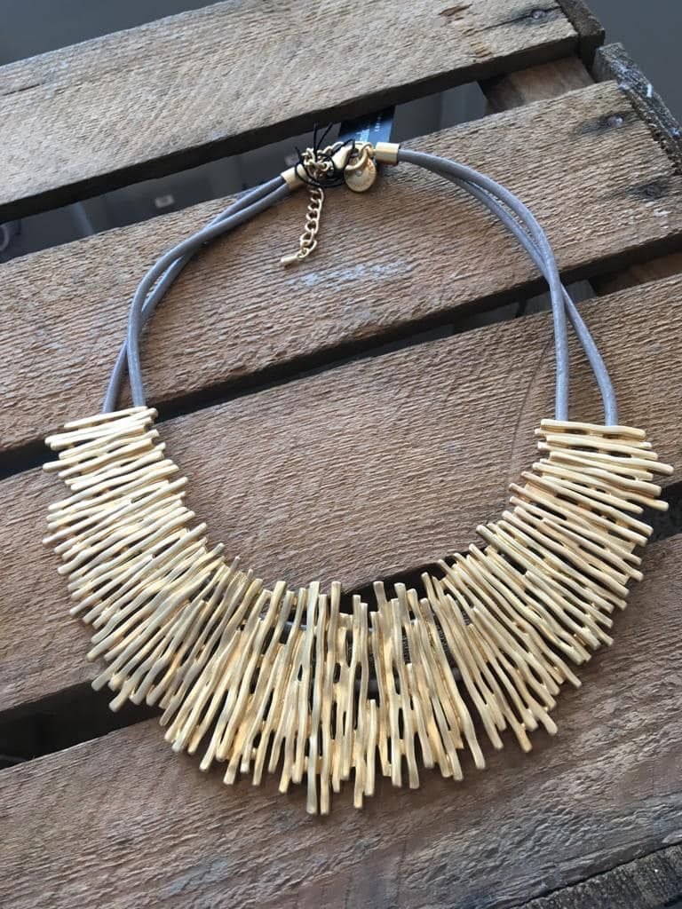 Brushed gold  & lether necklace