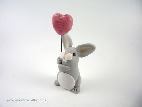 Little Grey Bunny with Glass Heart Balloon QL7