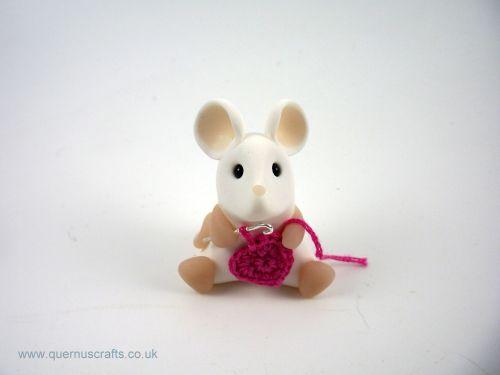 Little Crochet Heart Mouse - Dark Pink QL7