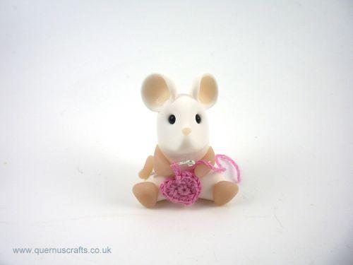 Little Crochet Heart Mouse - Pale Pink QL7