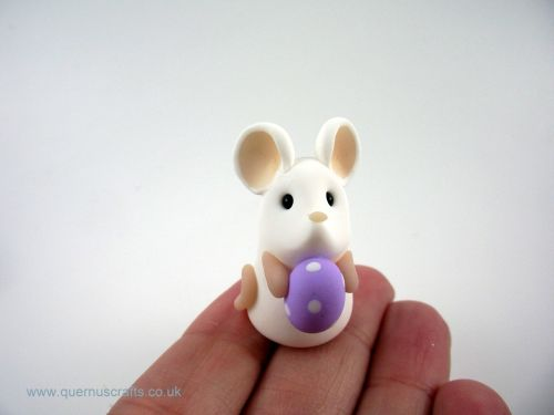 Tiny Lilac Easter Egg Mouse (MQEL)