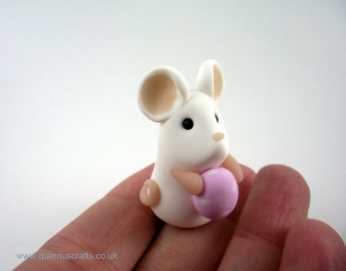 Tiny Pink Easter Egg Mouse (MQEL)
