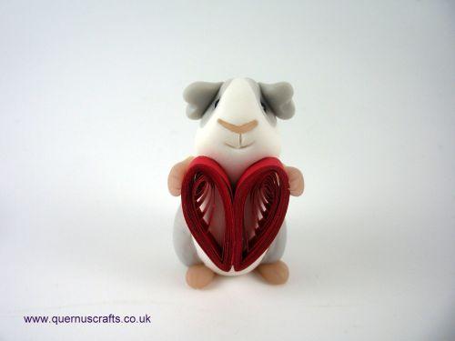 Little Paper Heart Guinea Pig QL8