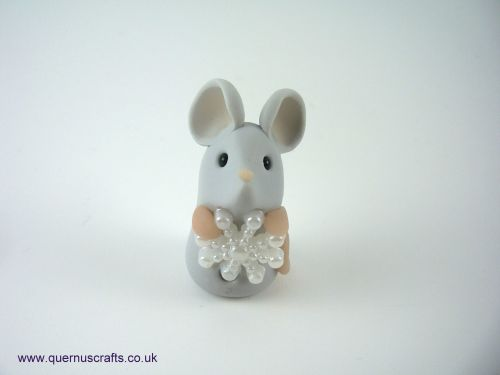 Tiny Snowflake Mouse QL9