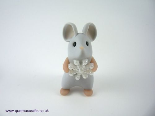 Tall Little Snowflake Mouse QL9
