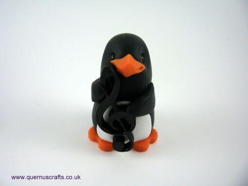 Little Treble Clef Penguin QL9
