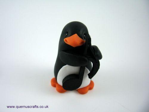 Little Sermiquaver Penguin QL9