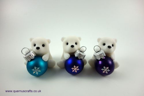Little Sparkly Snowflake Bauble Polar Bear Shelf Ornament QCL