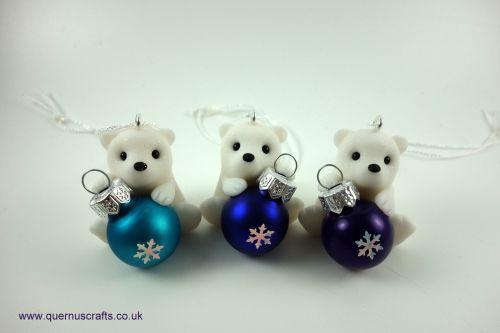Little Sparkly Snowflake Bauble Polar Bear Tree Decoration QCL