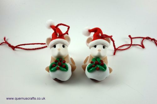 Little Santa Mouse with Glass Christmas Pudding Tree Decoration QCL