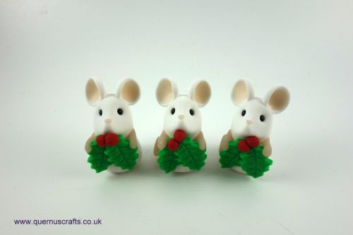 Tiny Holly Mouse Shelf Ornament QCL