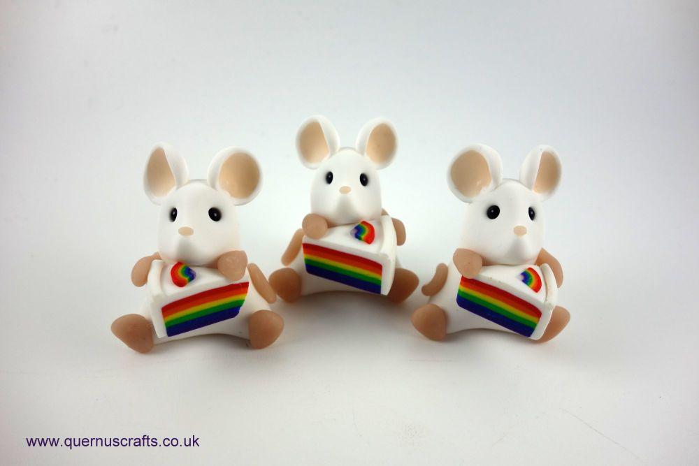 Little Rainbow Cake Mouse