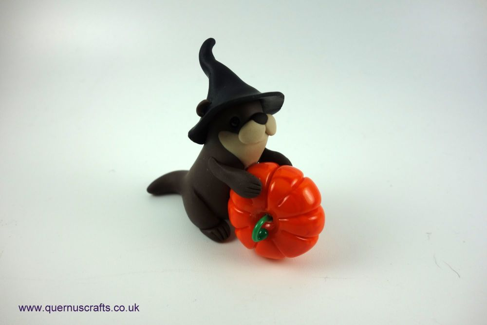 Little Witchy Otter with Glass Pumpkin