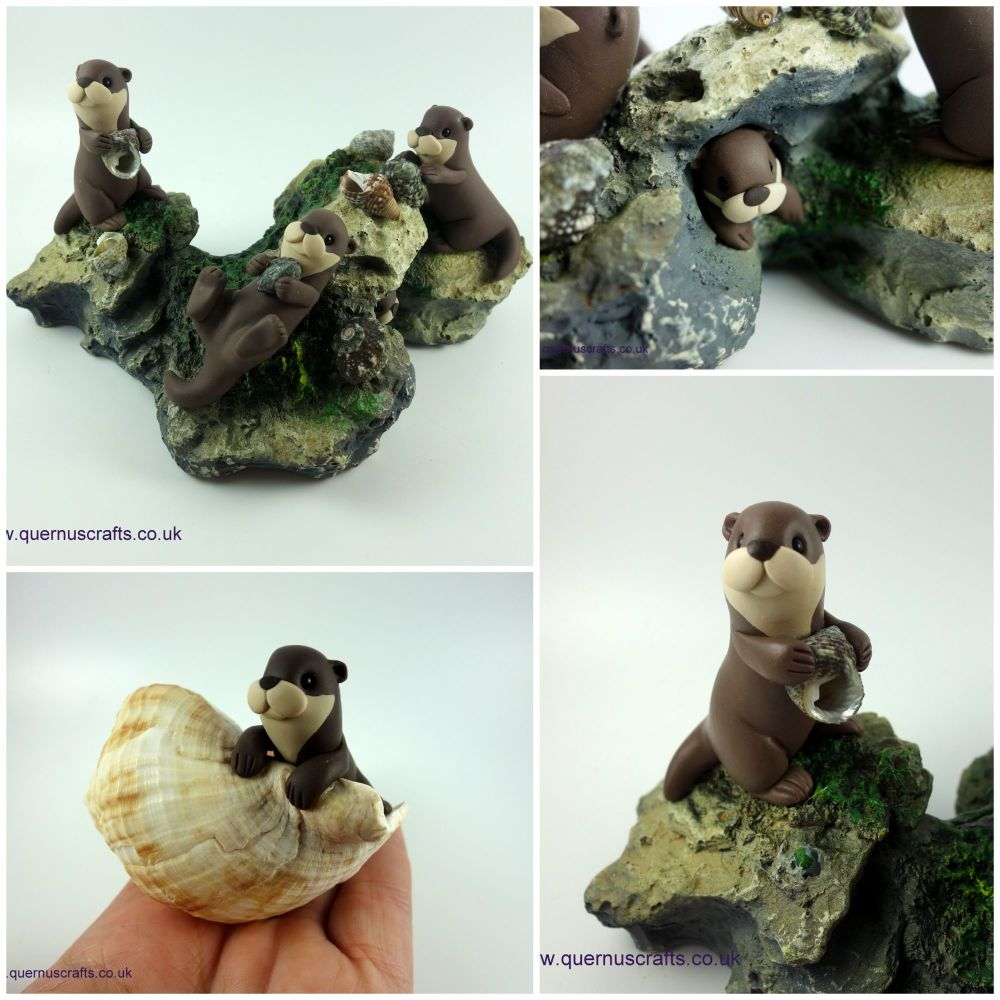 Playful Otters Sculpture June 20191