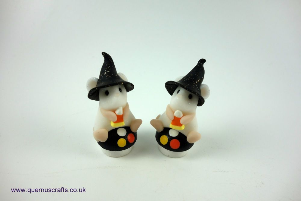 Teeny Witchy Toadstool Mouse (2 available)