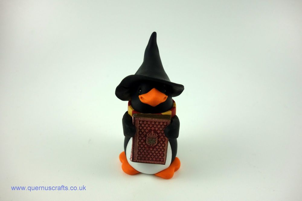 Wee Gryffindor Penguin with Book