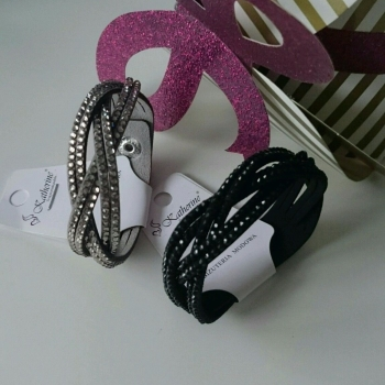Suede Style Twist Fashion Bracelet With Crystals Black/Grey