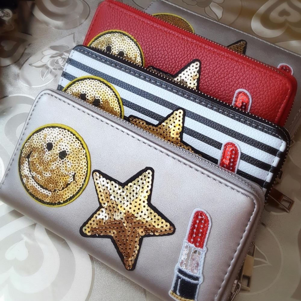 Trendy Women Purse Wallets Eco Leather fancy badges