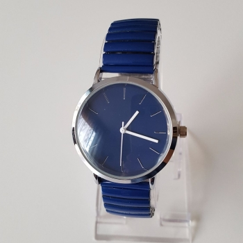 New style women navy watch