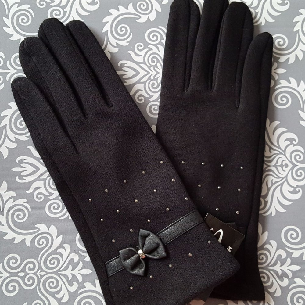 Black Women Trendy Style Gloves Studs Leather Bow