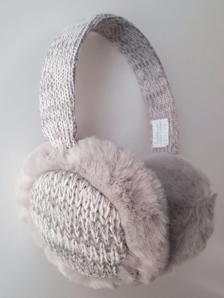 Trendy Knitted Grey Fur Women Earmuffs