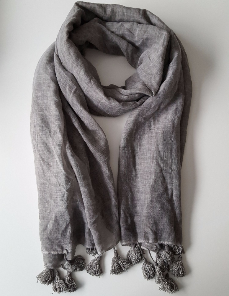 Trendy Grey Oversize Women Scarf With Fringes Autumn 2017