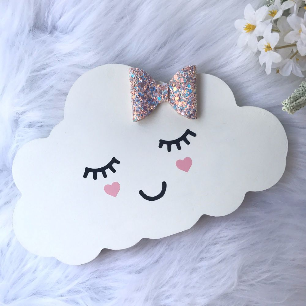 Free standing cloud with glitter fabric bow