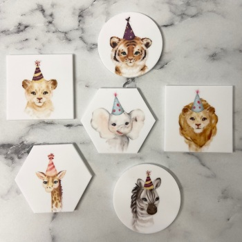 PRETTY IN PRINT - Animal with Party Hat