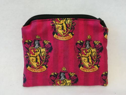 Coin Purse Made With Harry Potter, Hogwarts House Fabric - Gryffindor