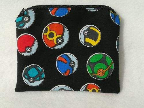 Coin Purse Made With Pokemon Fabric - Pokeballs