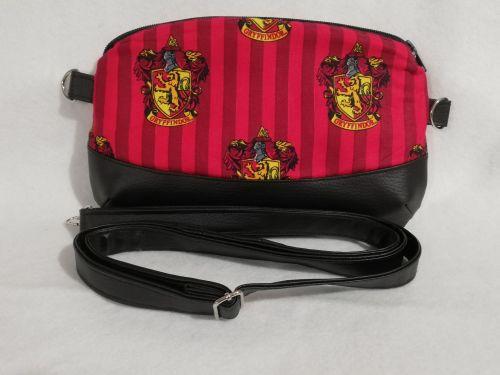 Clutch / Crossbody bag made with Gryffindor fabric