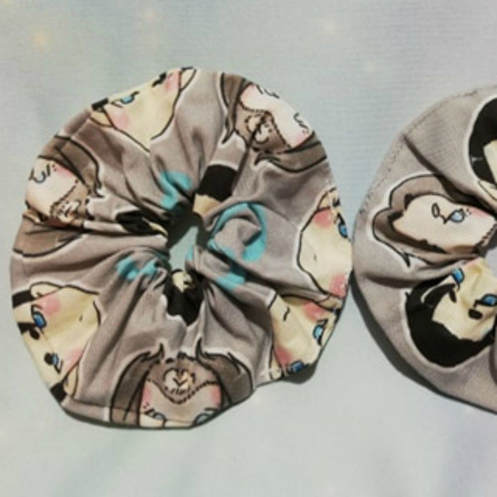 Scrunchie Made With Large Scale Detroit Become Human Fabric