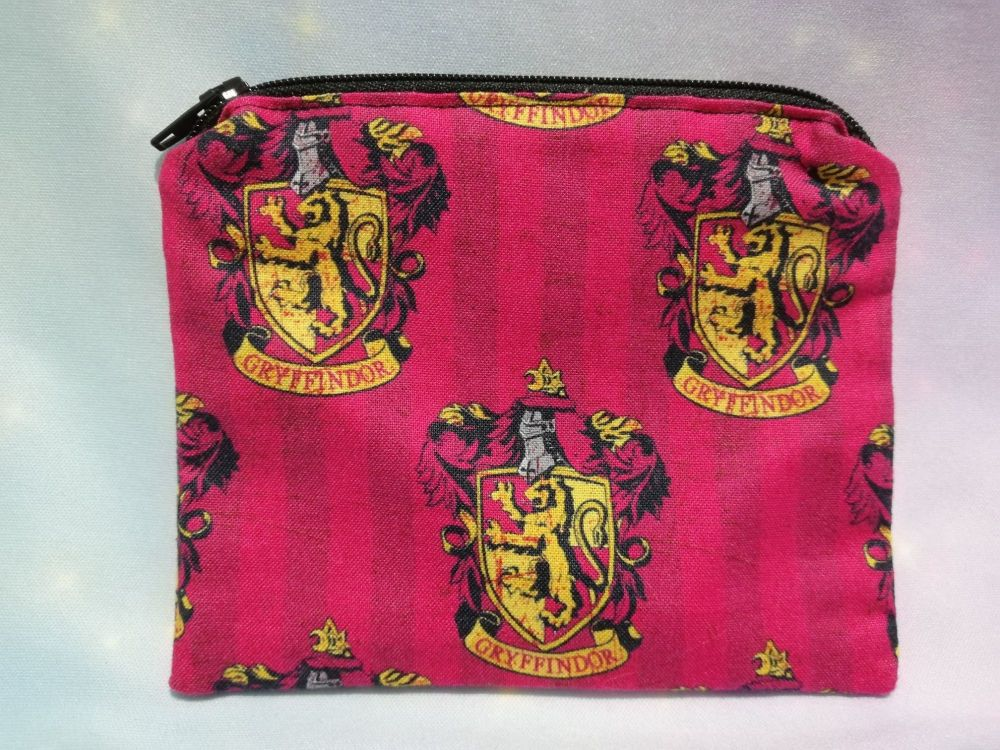 Zip Pouch Made With Harry Potter House Fabric - Gryffindor