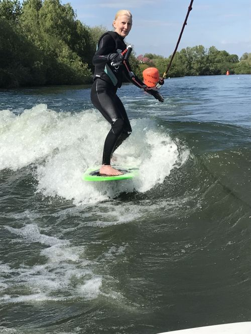 Tip 9: Control speed on a wakesurfer
