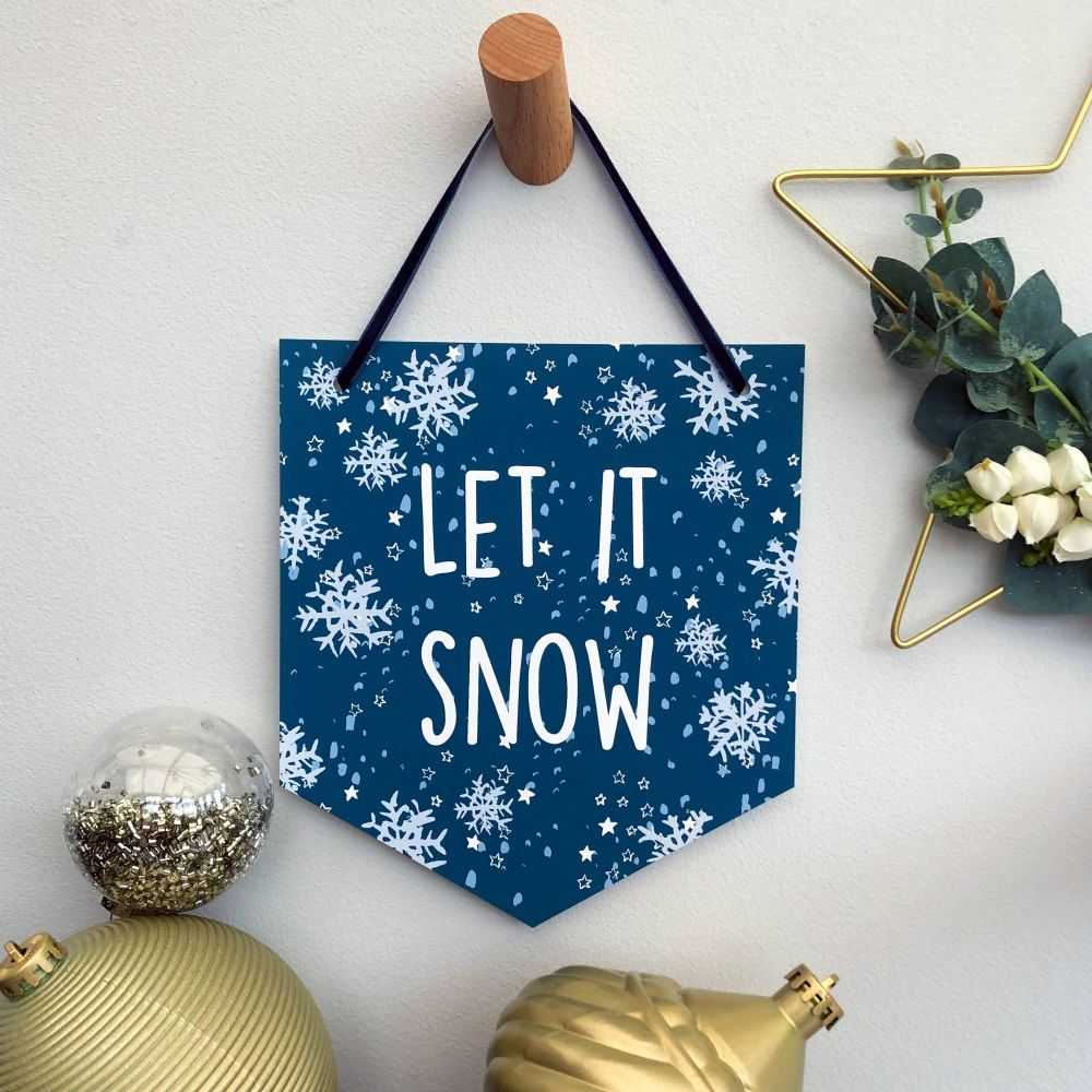 'Let it Snow' Christmas Flag Decoration