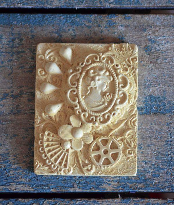 Bas Relief Victorian Collection - Arabella