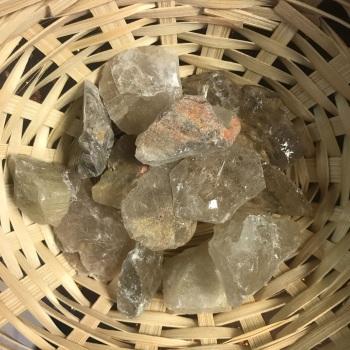 Raw Stone - Quartz, Rutilated
