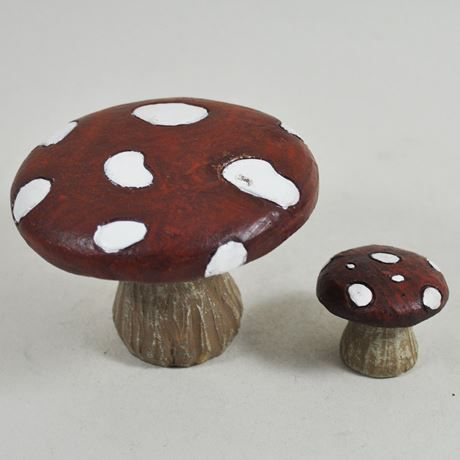 Fairy Mushroom / Toadstool Table and Chair