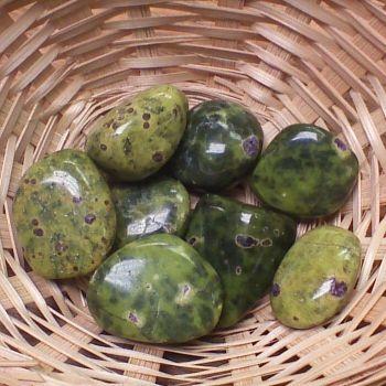 Tumblestone - Fuchsite