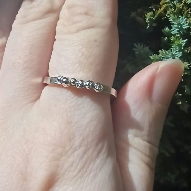 Chunky Ring With Silver Nuggets - Size S (A-Z, not small)