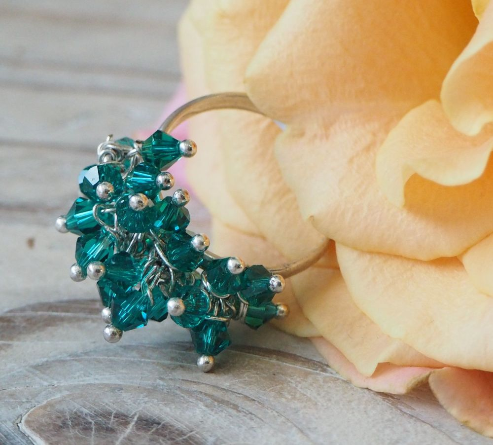 Green Jangle Ring with Moving Green Crystals - size S