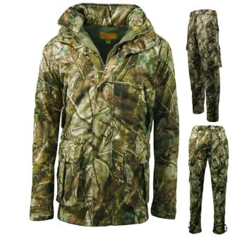 Game Hunters Passion Green Camouflage Jacket and Trousers Set
